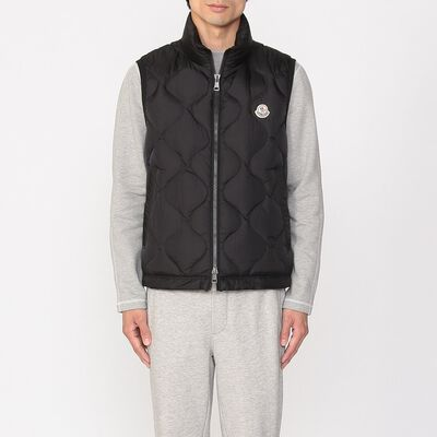"""MONCLER(モンクレール)""""ALLEMONT"""" 幾何学柄ステッチダウンベスト"""