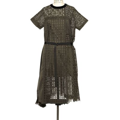 SACAI(サカイ)カットワークドレス