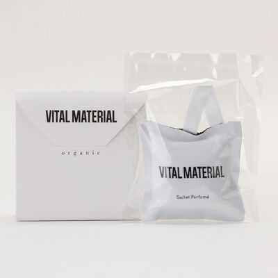 "VITAL MATERIAL(ヴァイタル マテリアル)ソイワックスサシェ ""禁断の果実"""