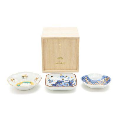 AMABRO(アマブロ)豆皿 MAME 3枚セット 桐箱(脹雀形、色絵五弁輪花、牡丹蝶文)