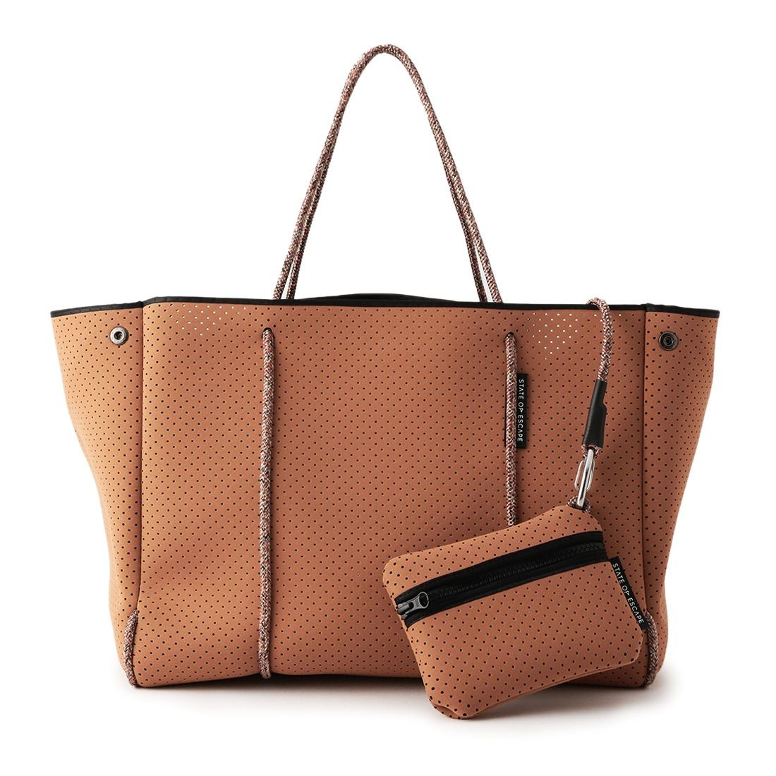 """ESCAPE CARRYALL"" 限定バッグ"